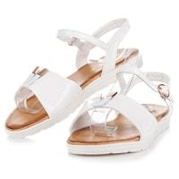Bílé sandály na platformě