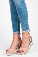 Sandály s etnickým vzorem růžové