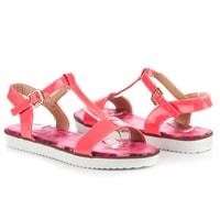 Lakované sandály s přezkou