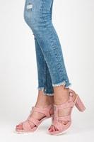 Sandály s přezkou na zip růžové