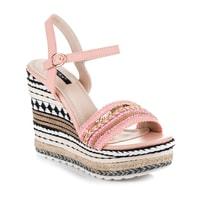 Etnické sandály s ozdobným klínem růžové