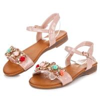 Letní obuv s ozdobami růžové