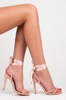 Sandály vázané stužkou růžové