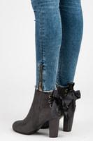 Vysoké kotníkové boty se stužkou šedé