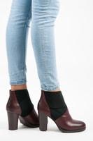 Nazouvací boty na podpatku vínové