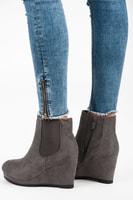 Boty na klínu šedé
