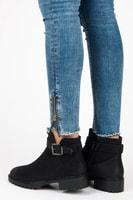 Nízké boty s přezkou černé
