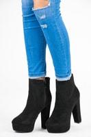 Klasické kotníkové boty na platformě černé