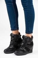 Sneakery na suchý zip
