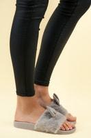 Šedé domácí pantofle s oušky