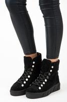Černé kotníkové boty na platformě se šněrováním