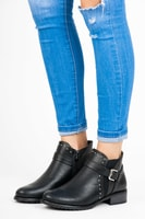 Černé nízké kotníkové boty
