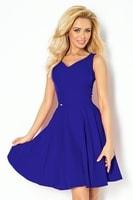 Modro fialové šaty s výstřihem ve tvaru srdce