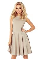 Světle béžové šaty s rovným výstřihem a širokou sukní