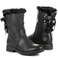 Zateplené kotníkové boty vázané stužkou černé