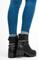 Dámské kotníkové boty se cvoky v černé barvě