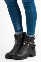 Dámské kotníkové boty se cvoky černé