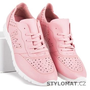 Růžové tenisky